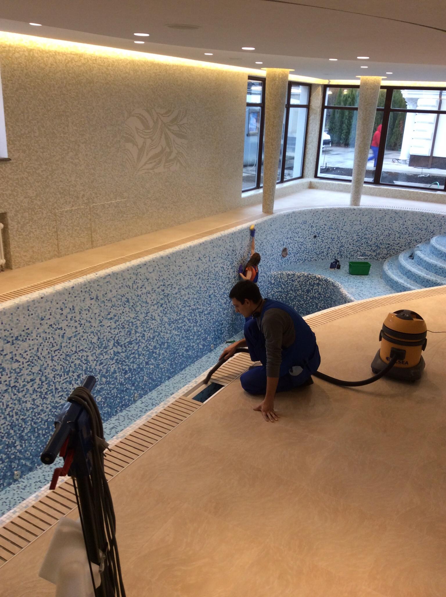 Профессиональная чистка бассейнов в Уфе